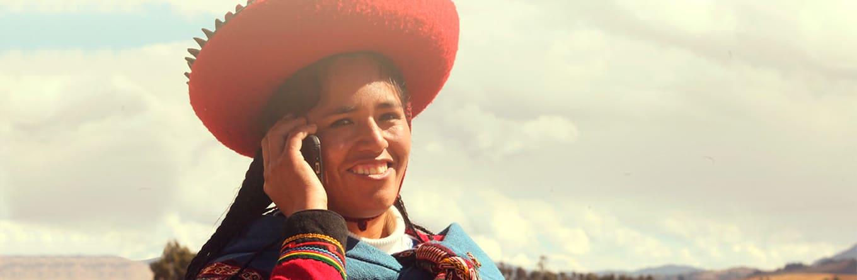 Cerca del 60% de las microemprendedoras peruanas cuenta con un smartphone